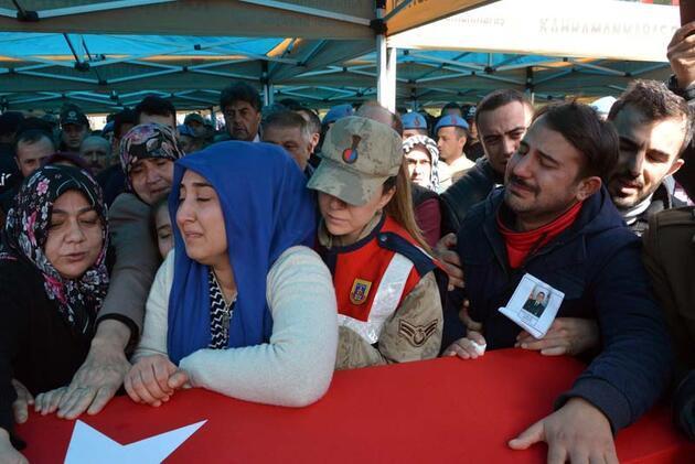 Şehit uzman çavuş, memleketi Kahramanmaraş'ta son yolculuğuna uğurlandı