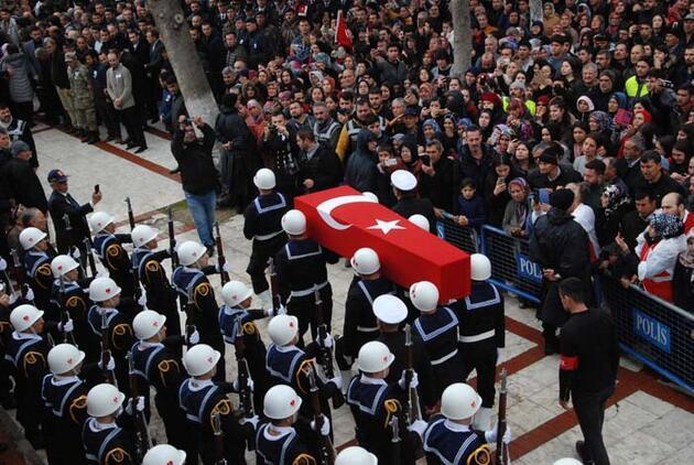 Türkiye şehitlerini uğurluyor