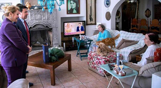Fatma Girik koronavirüse karşı evinden çıkmıyor