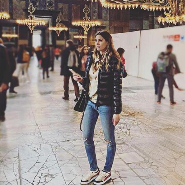 """Melissa Satta """"İtalya'dan kaçtın"""" iddialarına yanıt verdi"""