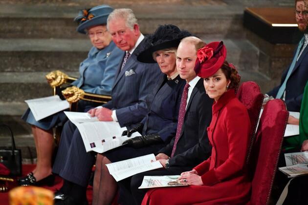 Oğlu Prens Charles'ta koronavirüs çıkmasının ardından Kraliçe II. Elizabeth'ten 'sağlıkıyım' mesajı
