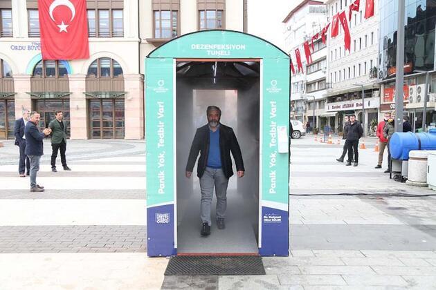 Türkiye'de bir ilk! 'Dezenfeksiyon tüneli'