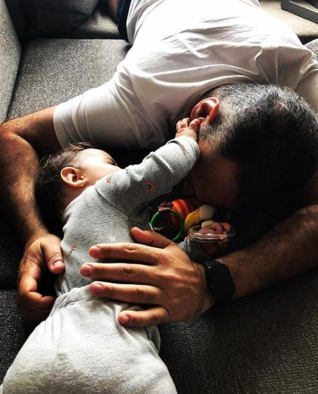 Ali Sunal ile kızının ev keyfi