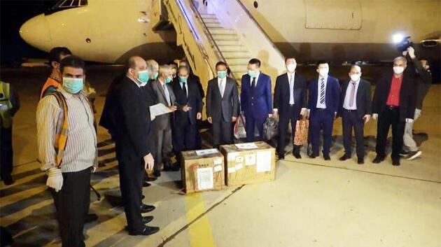 Çin'den Suriye'ye iki kolilik 'koronavirüs yardımı' tartışma konusu oldu