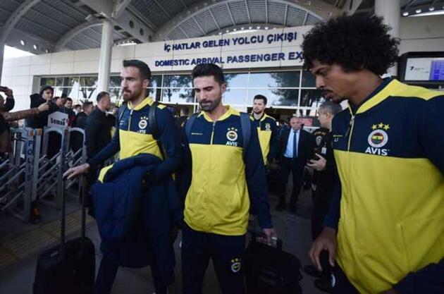 Fenerbahçe'de flaş karar! Kriz fırsata çevrilecek