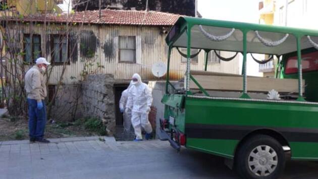 İstanbul'da şüpheli ölüm! Ev sahibi tarafından bulundu