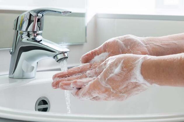 Uzmanı önerdi: Virüsleri öldüren doğal dezenfektan!