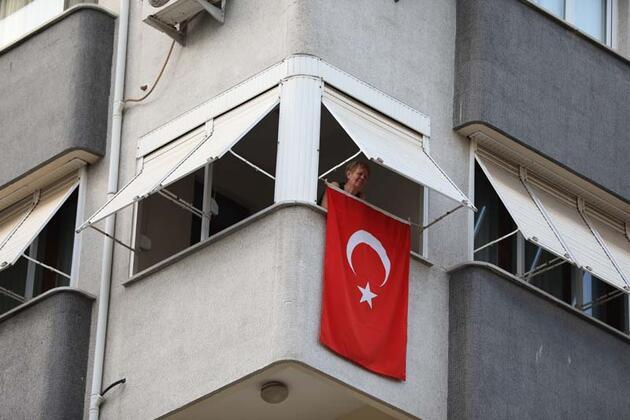 19 Mayıs coşkusu! Tüm Türkiye balkonlarda