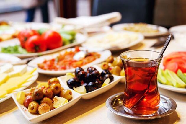 Ramazan Bayramı'nda doğru beslenmenin altın kuralları