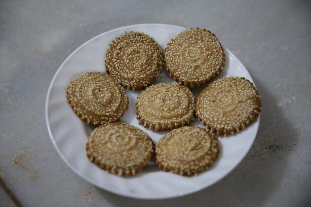 Hatay'ın değişmeyen Ramazan kurabiyesi; Kömbe