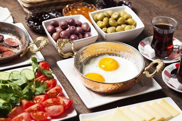 Ramazan Bayramı'nda kilo almamak için 9 önemli kural!