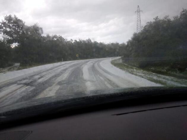 Çatalca'da yollar beyaza büründü