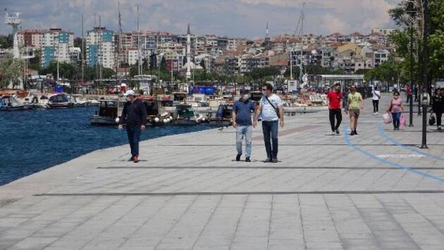 Vatandaşlar 2 ay sonra açılan kordon boyuna akın etti