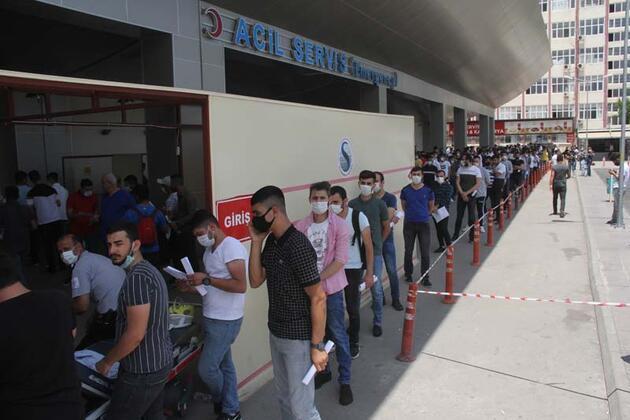 Asker adaylarının koronavirüs testi kuyruğu