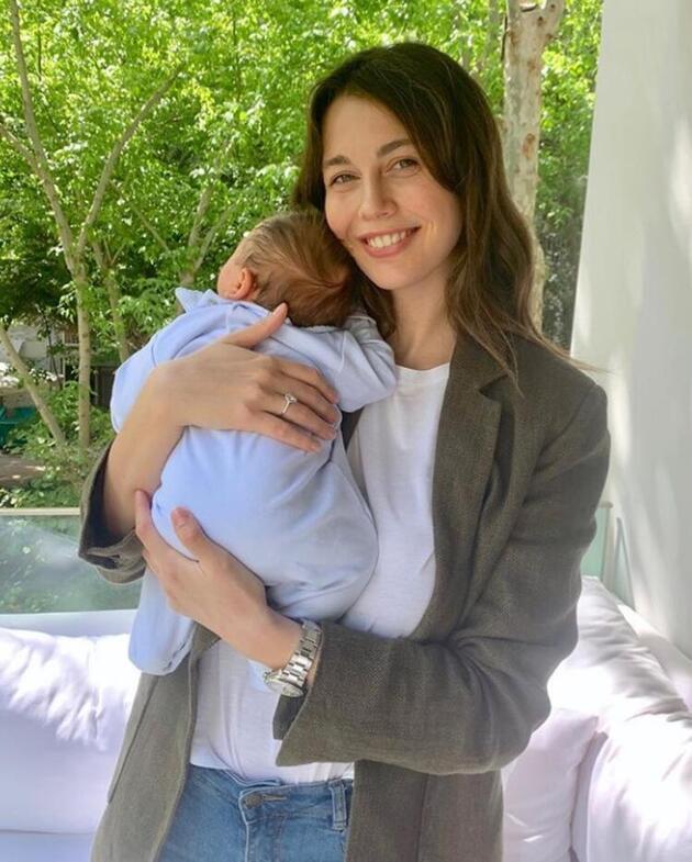 Kim der ki '2 ay önce doğum yaptı!'... Sezgi Sena Akay görüntüsüyle şaşırttı