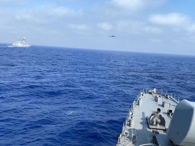 Son dakika... 'TCG Oruçreis' ile Doğu Akdeniz'de deniz eğitimleri yapıldı