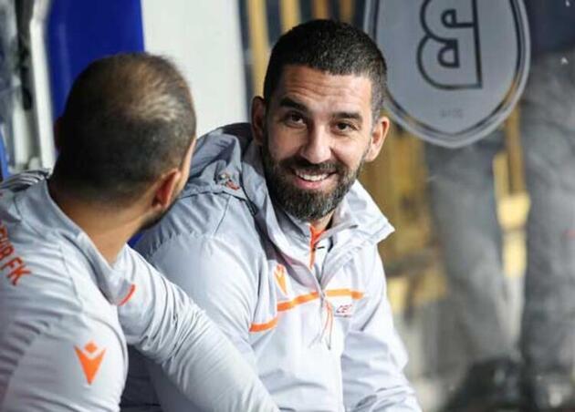 Son dakika... Arda Turan'ın Barcelona'yla sözleşmesi sona erdi
