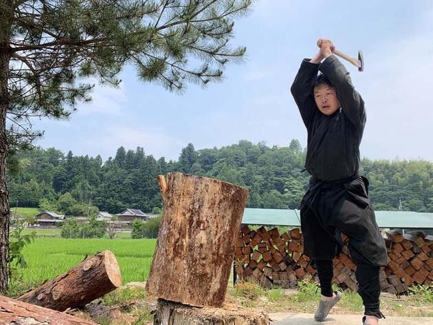 Son dakika... Dünyanın ilk diplomalı ninjası göreve başladı