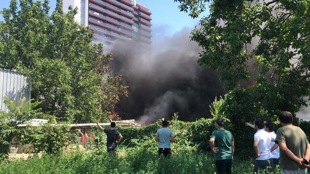 Son dakika... Bursa'da bir fabrikada yangın çıktı