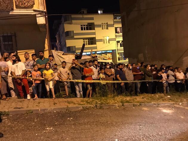 Arnavutköy'de büyük panik: Asılsız ihbar sokağa döktü