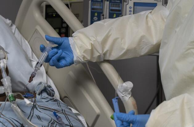 Vaka sayısı 12 milyona yaklaşıyor: İşte koronavirüste anbean yaşananlar