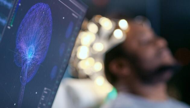Bilim insanlarından yeni uyarı: COVID-19 bağlantılı beyin hasarı