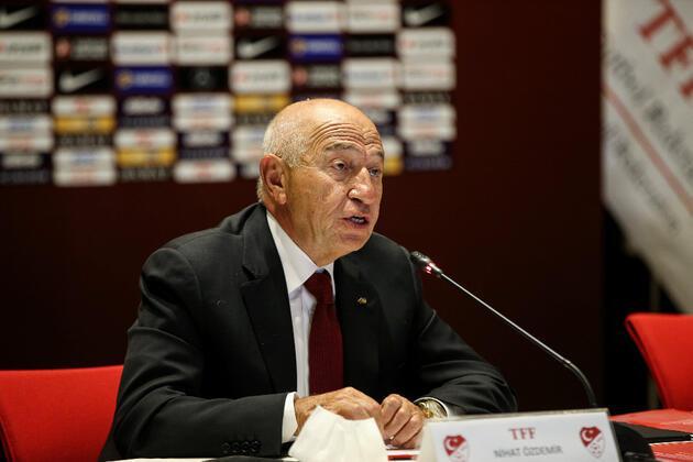 Nihat Özdemir: 2010-11 sezonu şampiyonu Fenerbahçe