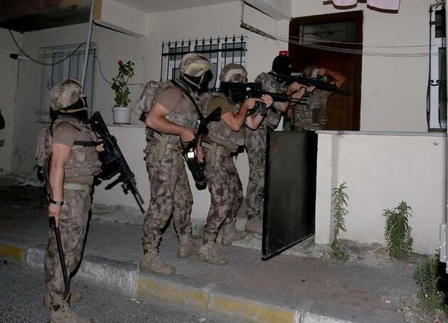 Son dakika... İstanbul'da 62 adrese eş zamanlı baskın: 75 gözaltı