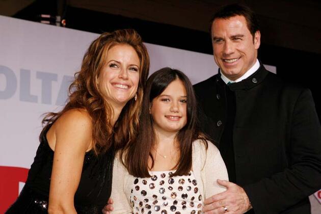 John Travolta'nin eşi Kelly Preston kansere yenildi