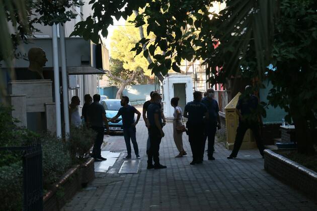 Öğretmenevi Müdürü makamında silahlı saldırıya uğradı