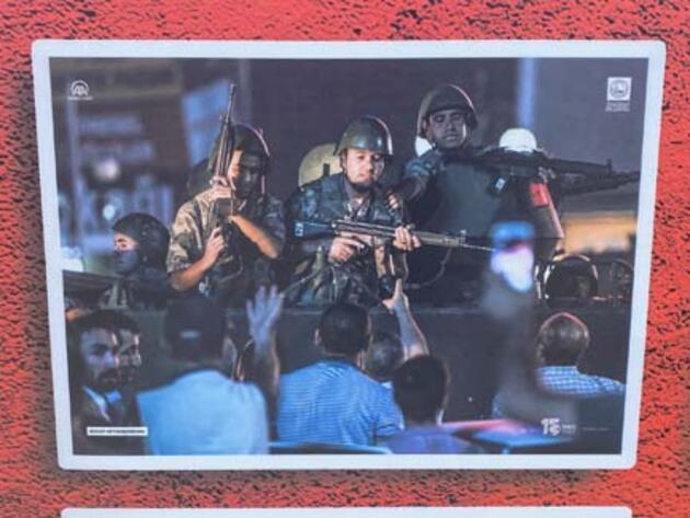 Üsküdar'da 15 Temmuz fotoğraf sergisi düzenlendi