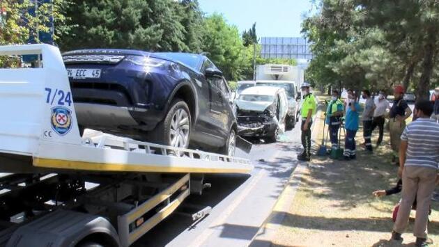 Ataköy'de 5 araç birbirine girdi