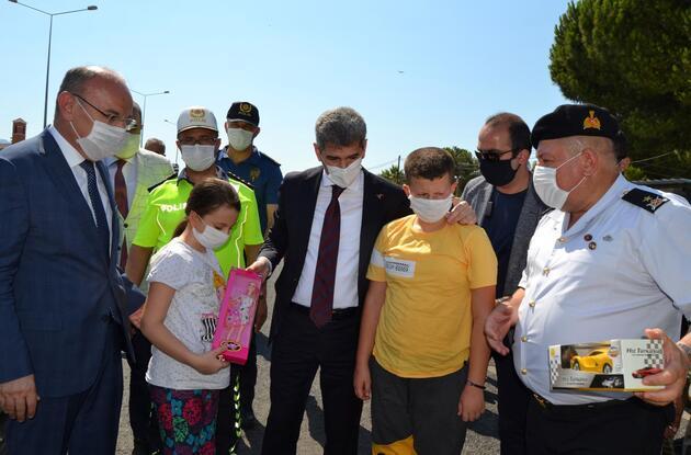 Bakan Yardımcısı İnce, Salihli'de trafik denetimine katıldı