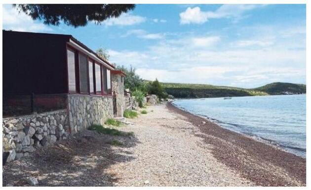 Sezen Aksu Manal Koyu'ndaki villasını 6.5 milyon TL'ye satıyor