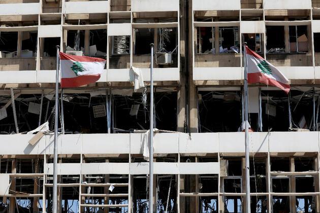 Reuters ve AP bu fotoğrafları servis etti... Geriye kalan kaos ve yıkım