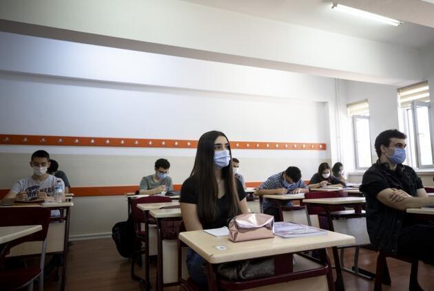 Vaka sayıları artıyor... Peki okullar açılacak mı?