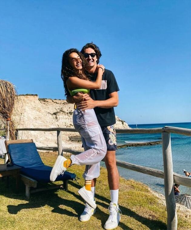 Cedi Osman ile Ebru Şahin'den aşk dolu paylaşım