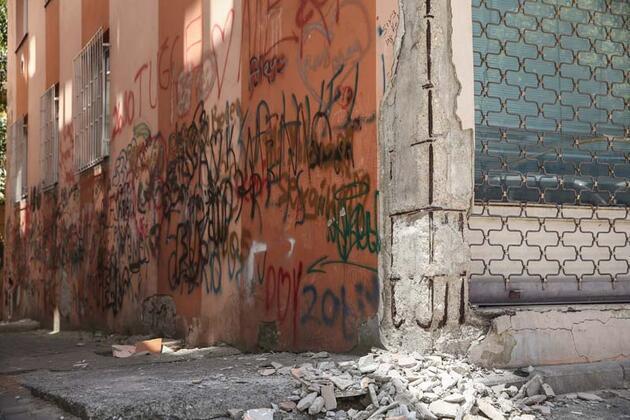 İstanbul'da korku apartmanı... Binada oturanlar çaresizlik içinde