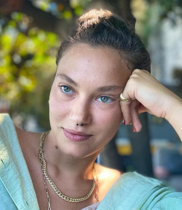 Umut Evirgen ve Melisa Şenolsun aşk yaşıyor