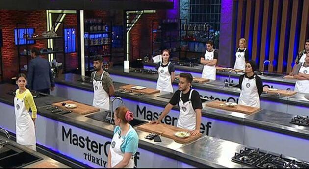 'MasterChef'te şefler yemeğin tadına bakmadı!