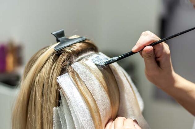 Uzmandan kadınlara çok önemli 'saç boyası' uyarısı