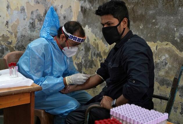 Can kaybı 740 bine yaklaştı: İşte koronavirüste anbean yaşananlar