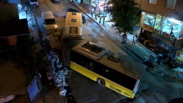 Son dakika....  İETT otobüsü ortadan ayrıldı