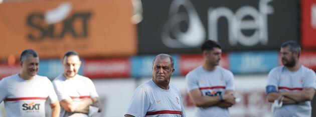 Galatasaray'da yeni transferler idmana çıktı