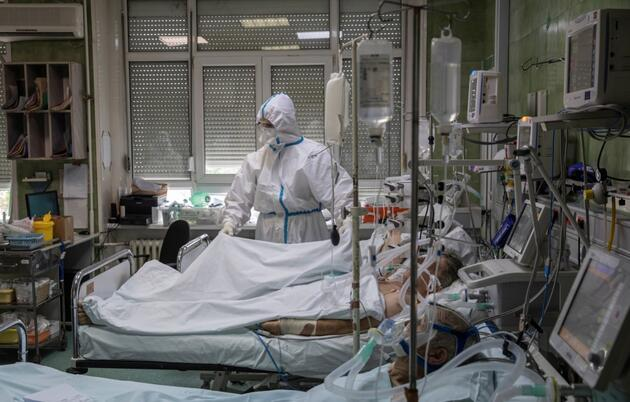 Vaka sayısı 21 milyona yaklaşıyor: İşte koronavirüste anbean yaşananlar