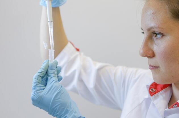 """İran'dan Rus aşısı açıklaması: """"DSÖ onayı olmadan izin verilmeyecek"""""""