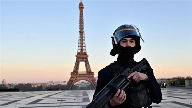 Son dakika... Fransa'da ikinci dalga paniği: Paris yeniden kırmızı bölge ilan edildi