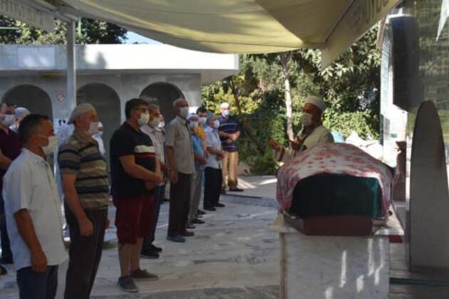 Eski eşinin tarafından öldürülen Gizem, toprağa verildi