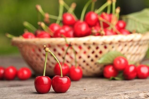 Hepsi birbirinden faydalı! İşte en sağlıklı yaz meyveleri...