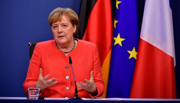 Yunanistan'a Almanya freni